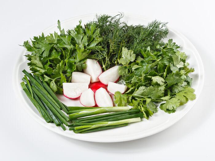 Салат: ассорти из зелени